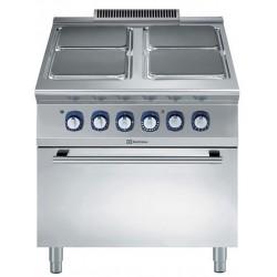 Ел. печка Electrolux с 4 квадратни котлона + ел. фурна